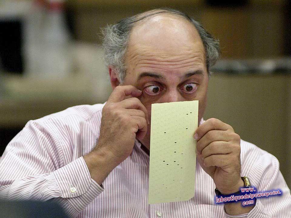 Del condado de Broward, Florida U.S.A. el juez Robert Rosenberg, ve sobre una votación cuestionable, el 25 de noviembre de 2000. Rhona Wise / AFP / Ge