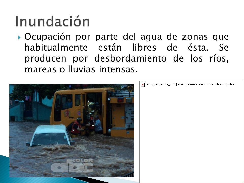 Una calle totalmente inundada en la ciudad de Pilar.ABC Color - Clide Martínez