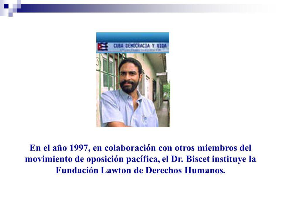 El Presidente del Miami Dade College, Dr.Eduardo Padrón, le otorgó el doctorado Honoris Causa.