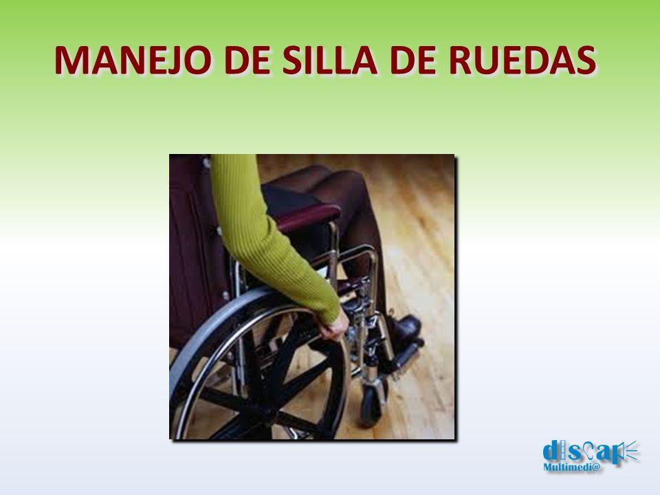 Dejar que la persona discapacitada sea quién indique la maniobra.