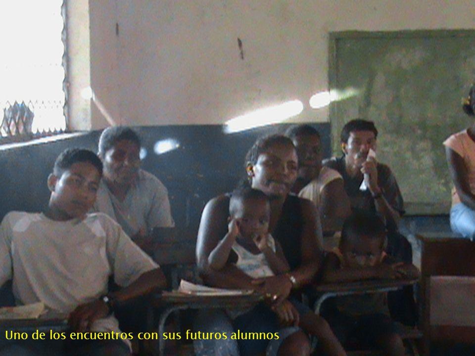 Uno de los encuentros con sus futuros alumnos