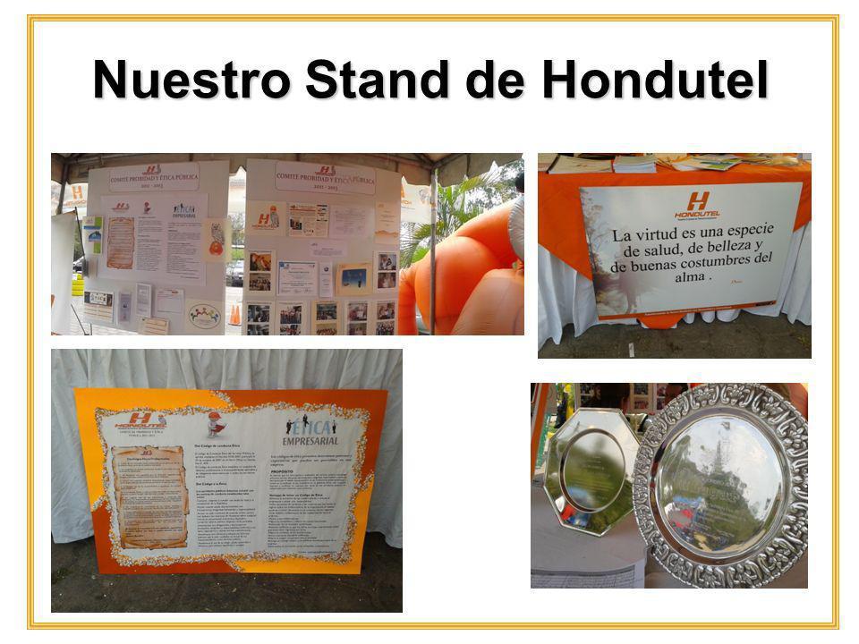 Con el Gerente General por Ley de Hondutel, Ing.