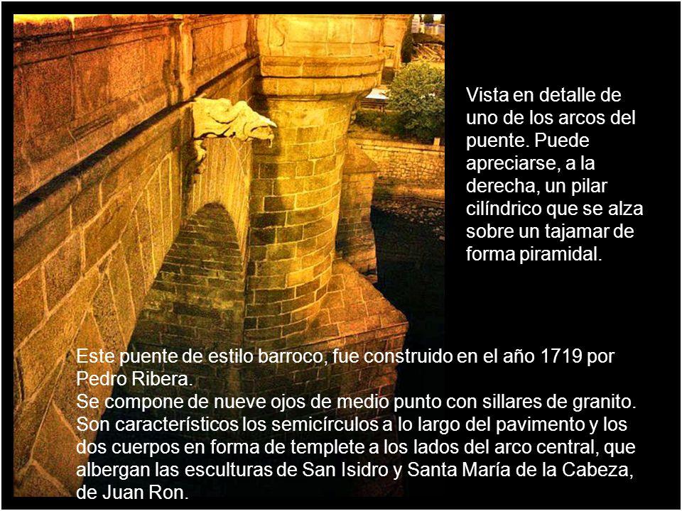 Hornacina con la imagen de San Isidro Hornacina con la imagen de Santa María de la Cabeza. DETALLES DEL PUENTE