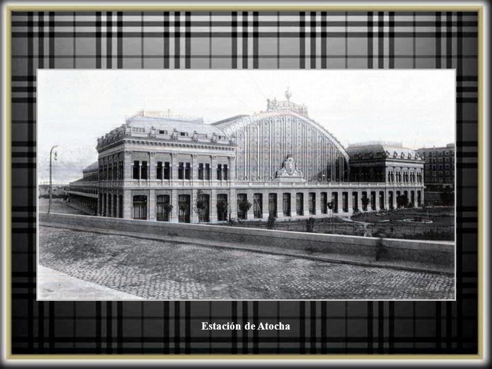 Entrada a la estación de Atocha, 1914