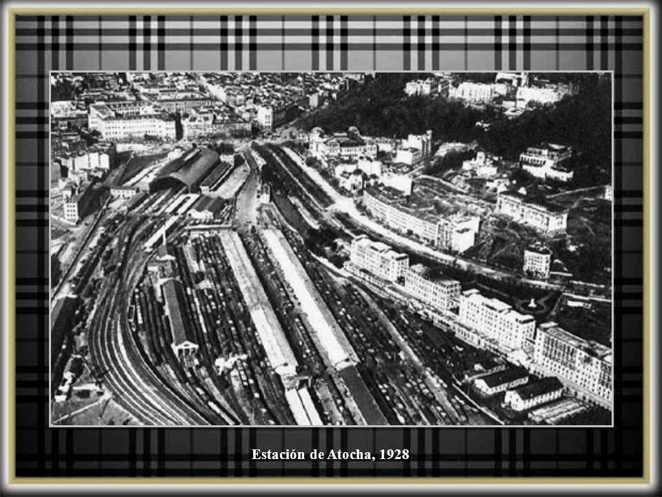 Expreso Madrid-Sevilla saliendo de Atocha, 1912