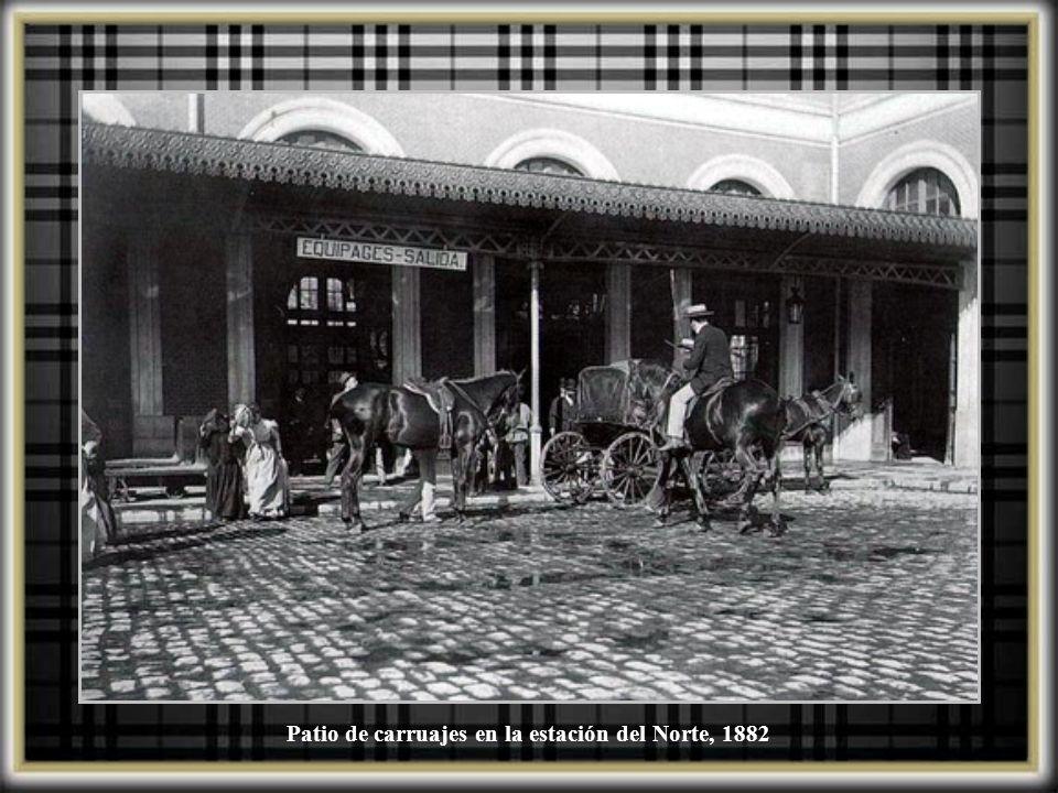 Patio de carruajes en la estación del Norte, 1882