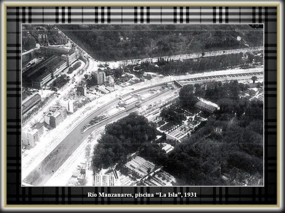 Locomotora del tipo de montaña Patronato Nacional de Turismo. Madrid 1934