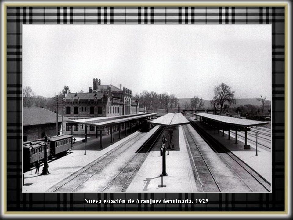 Marquesinas en construcción de la nueva estación de Aranjuez