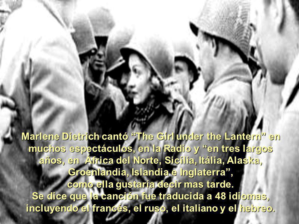 En 1944, apareció una versión inglesa, escrita por un tal J.J.