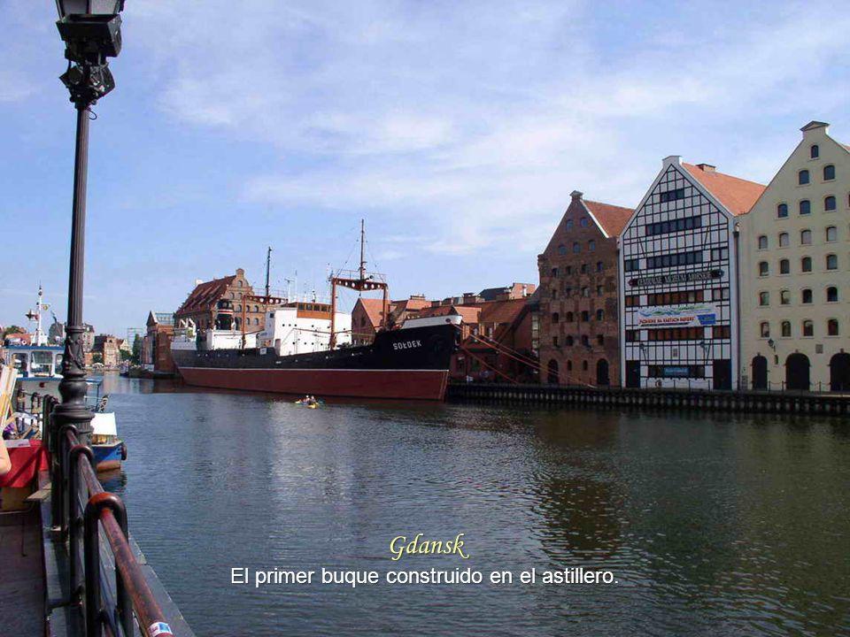 Gdansk La Perla del Báltico. La ciudad se destruyó en un 90% durante la guerra.