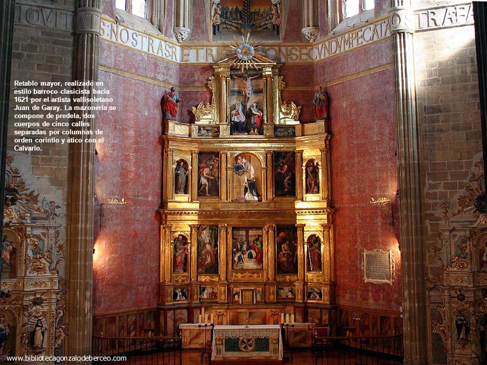 El interior del templo es espacioso, pese a su única nave, y luminoso, gracias a la claridad que filtran los ventanales.