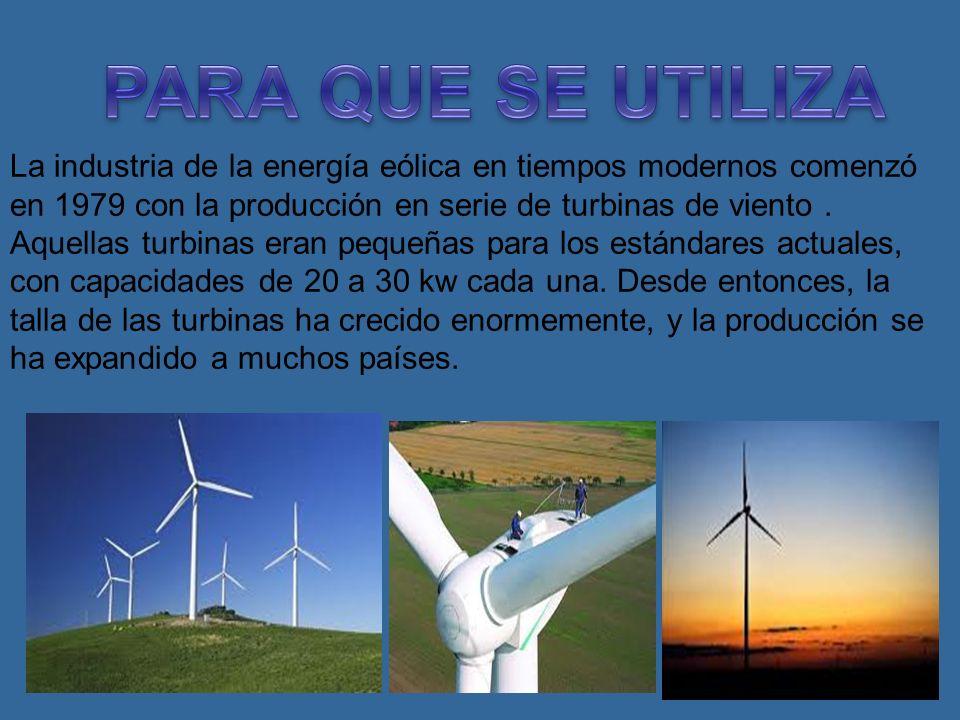 La energía eólica es un recurso abundante, renovable, limpio y ayuda a disminuir las emisiones de gases de efecto invernadero al reemplazar energías d