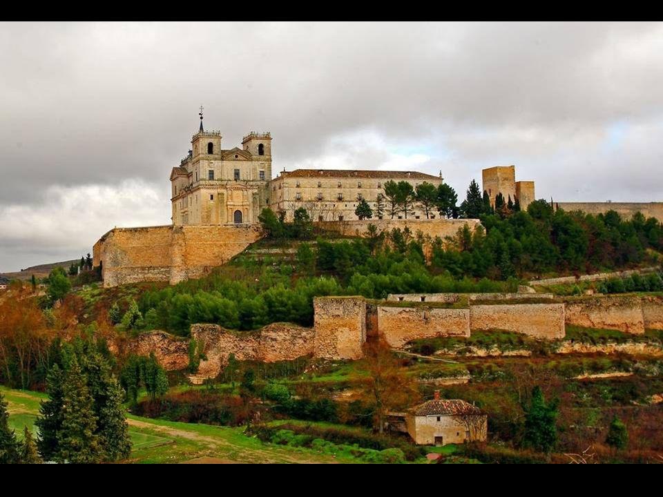 En el siglo XIX, con la Desamortización de Mendizábal de 1836, la orden tuvo que abandonar el edificio. A principios del siglo XX se destinó a colegio