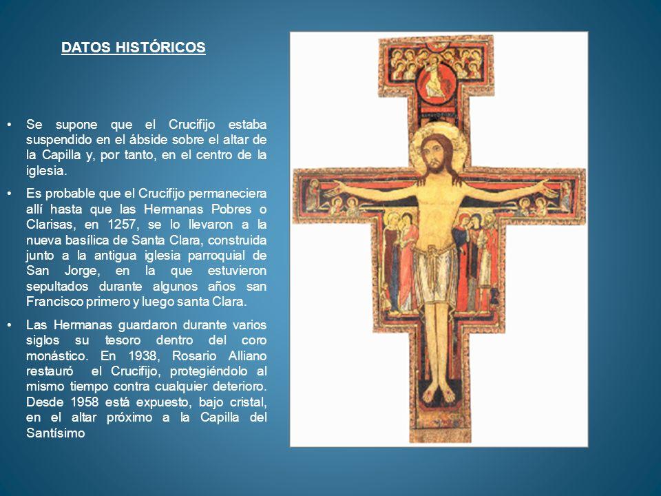 Se supone que el Crucifijo estaba suspendido en el ábside sobre el altar de la Capilla y, por tanto, en el centro de la iglesia. Es probable que el Cr