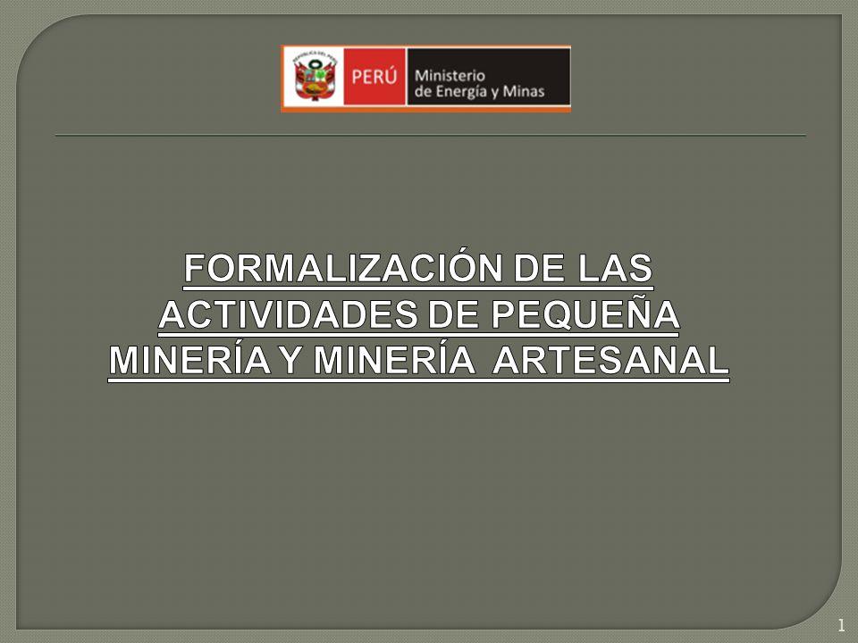 El Decreto Legislativo N° 1040 que modifica la Ley N° 27651 y la Ley General de Minería, establece parámetros para distinguir a la pequeña minería de la minería artesanal: (1) Hasta 3 000 m3/día para depósitos de Placeres - 1200 TM/día no metálicos (2) Hasta 200 m3/día para depósitos de Placeres - 100 TM/día no metálicos 2