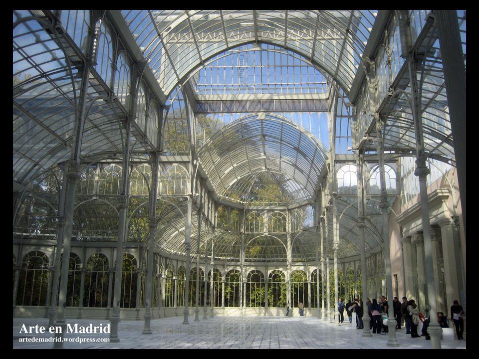 Desde el punto de vista de su arquitectura, el Palacio de Cristal se puede considerar como un ejemplo notorio de lo que fue la arquitectura del hierro