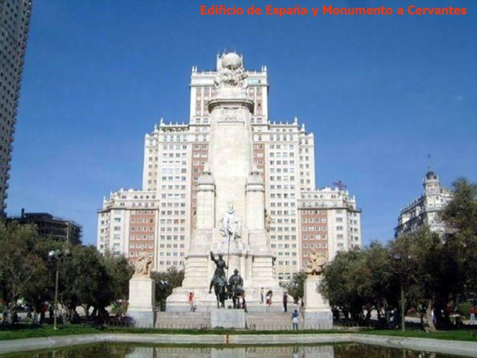 Palacio Real – Plaza de la Armería