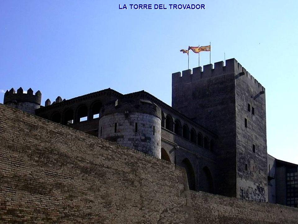 www.vitanoblepowerpoints.net ARQUERÍA SUR DEL PATIO DE SANTA ISABEL.