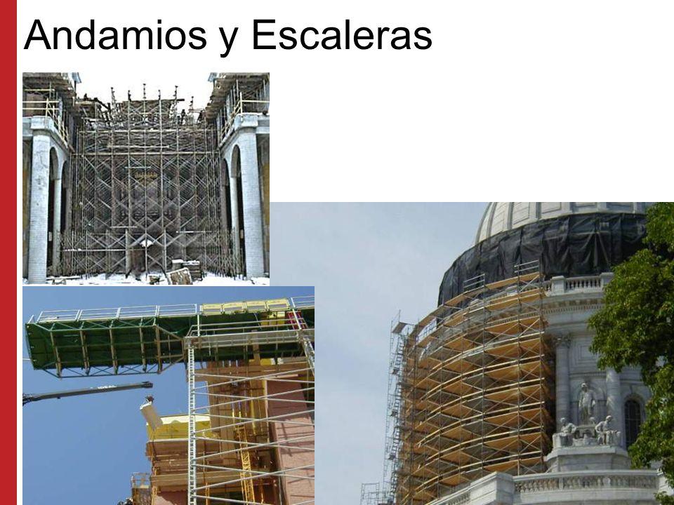Escalas Los paneles de construcción de las escalas no deben usarse como acceso sino hasta que estén listas las escalas y se hayan instalado las barandas y pasamanos Asegúrese de retirar todos los desechos inmediatamente