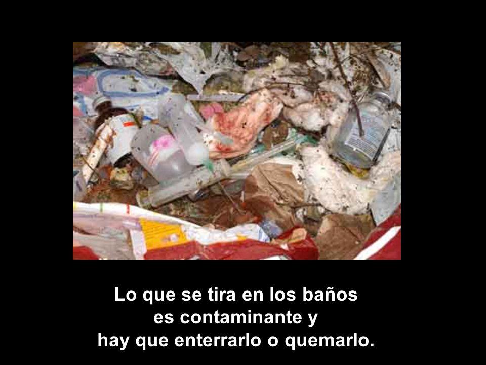 En la bolsa roja va todo Lo PELIGROSO Chicles, papel sucio, pañuelos, vidrios rotos, pañales, agujas, colillas de cigarrillos, caca de perro, basura del piso.
