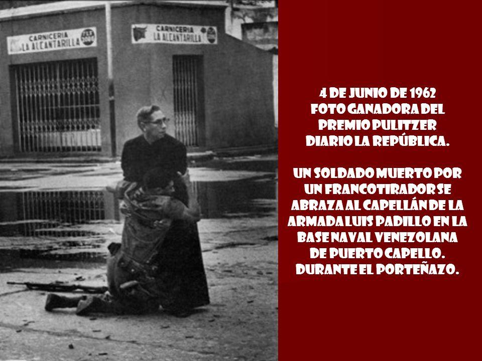 12 de octubre DE 1960 YASUCHI NAGAO, JAPÓN. MAINICHI SHIMBUN, estudiante derechista asesina al presidente del partido socialista Inejiro Asanuma duran