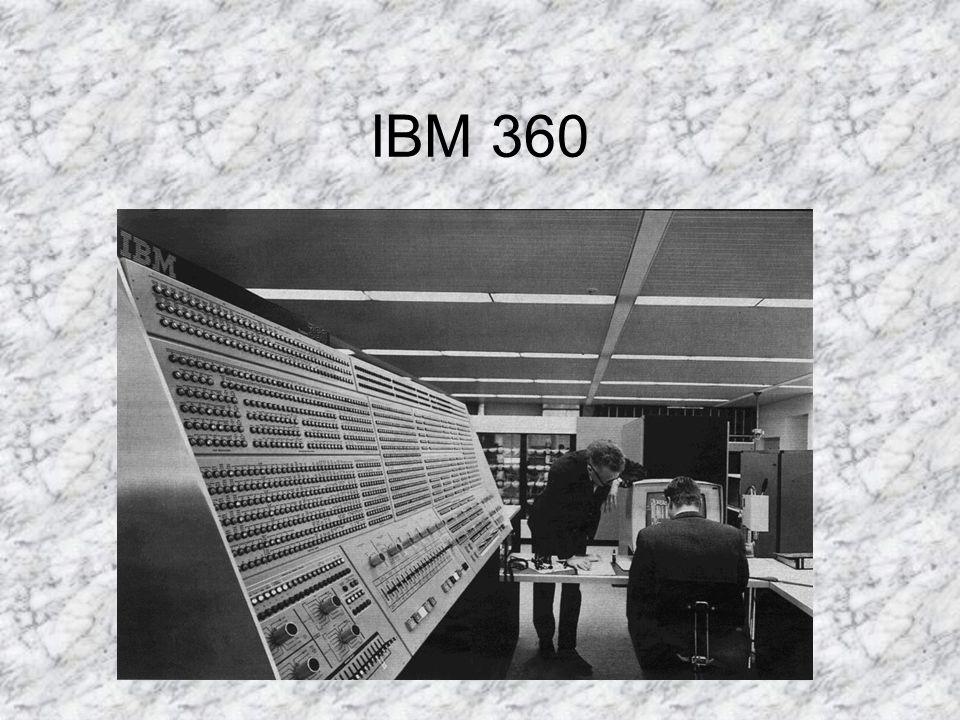 INTRODUCCIÓN La familia del 360 consistió en 6 ordenadores que podían hacer uso del mismo software y los mismos periféricos.