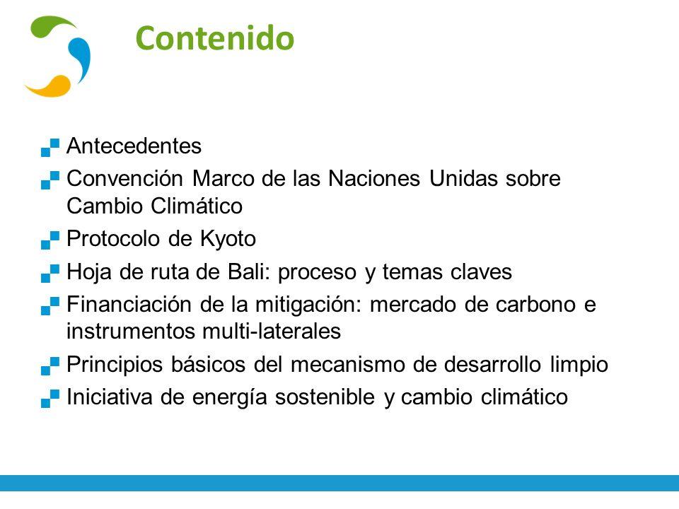 Conceptos básicos de cambio climático y gestión de gases de efecto invernadero13 Fuente: http://bloginmigrantes.com/wp- content/uploads/inundaciones_bolivia.jpg Fuente:http://journalmex.files.wordpre ss.com/2009/03/fuego_m.jpg Adaptación al cambio climático: Manejar lo inevitable Adaptación: ¨Proceso interactivo mediante el cual se desarrollan, refinan e implementan estrategias para moderar, sobrellevar, o tomar ventaja de las consecuencias de eventos climáticos.¨ (GEF, UNDP) Vulnerabilidad: ¨Es el grado al cual una unidad de exposición es susceptible a daño debido a la exposición a una perturbación o estrés, y la habilidad de esta unidad de exposición de sobrellevar, recuperarse o fundamentalmente adaptarse.¨ (Kasperson et al., 2000)