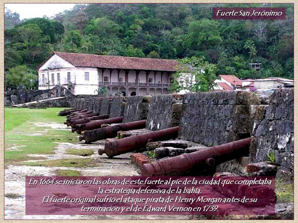 Fuerte San Jerónimo En 1664 se iniciaron las obras de este fuerte al pie de la ciudad que completaba la estrategia defensiva de la bahía.