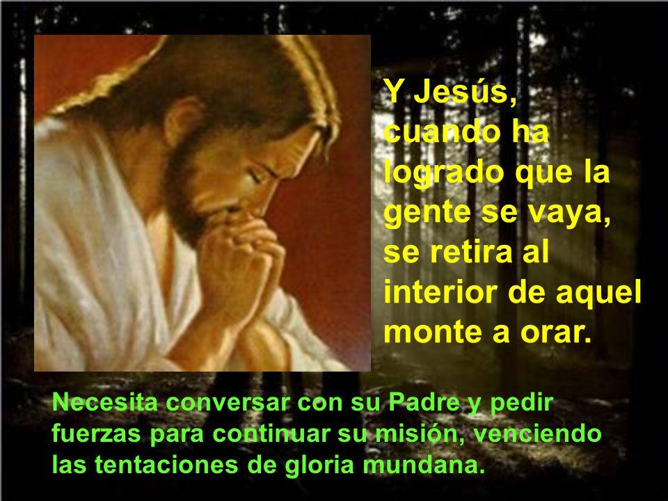 Al mismo tiempo Jesús hace una advertencia a Pedro: ¿Por qué has dudado.