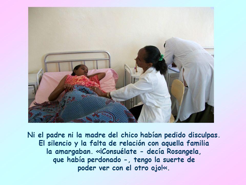 Recuerdo una madre de familia africana: había tenido que sufrir la pérdida de un ojo de su hija Rosangela, víctima de un chico agresivo que la había herido con un palo y seguía burlándose de ella.