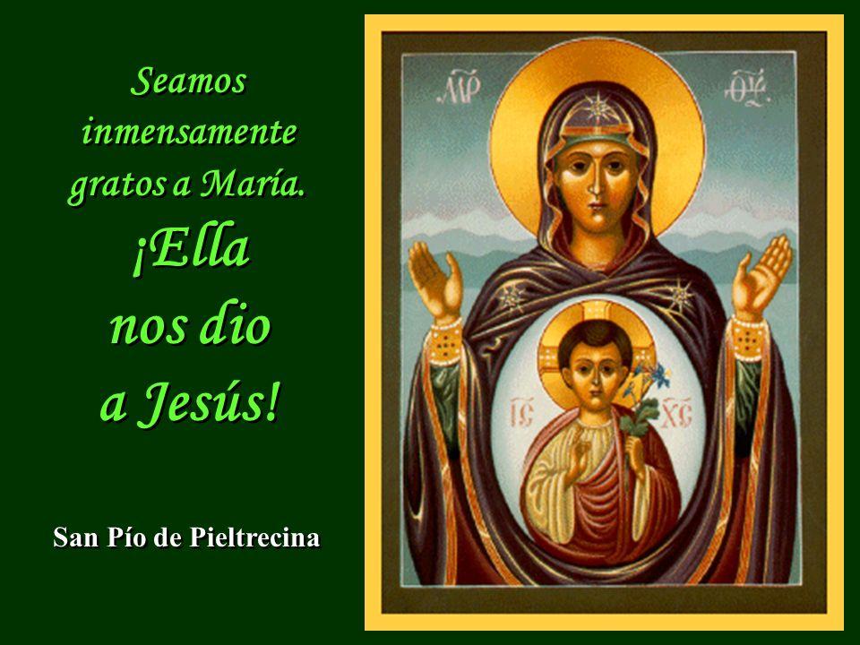 Virgen de la esperanza, Madre de los pobres, Señora de los que peregrinan: óyenos.
