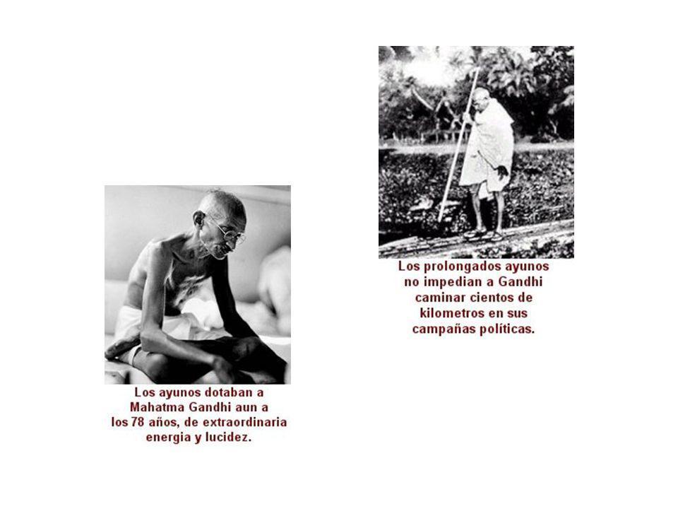 Nosotros devolveremos bien por mal. Cristo nos enseñó el camino y Mahatma Gandhi nos demostró que era operativo Martin Luther King Martin Luther King