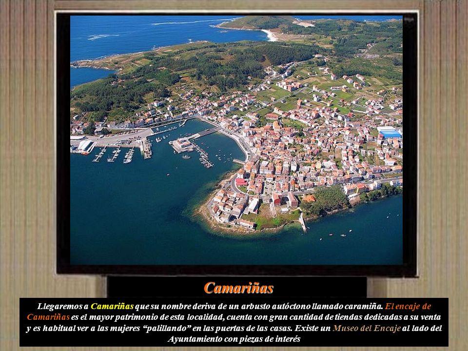 Dejamos Cabo Vilán para dirigirnos a Camariñas: Nuestra primera parada la Ermita de la Virgen del Monte, en una colina sobre un pequeño istmo sobre la