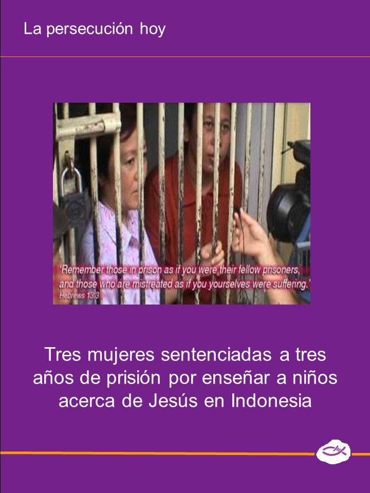 La persecución hoy para arrestar a los cristianos se utilizan leyes anti- conversión secuestran y abusan de mujeres cristianas los pastores son obligados a dejar de orar y de predicar en Eritrea, casi 2000 cristianos están en prisión pérdidas de empleo