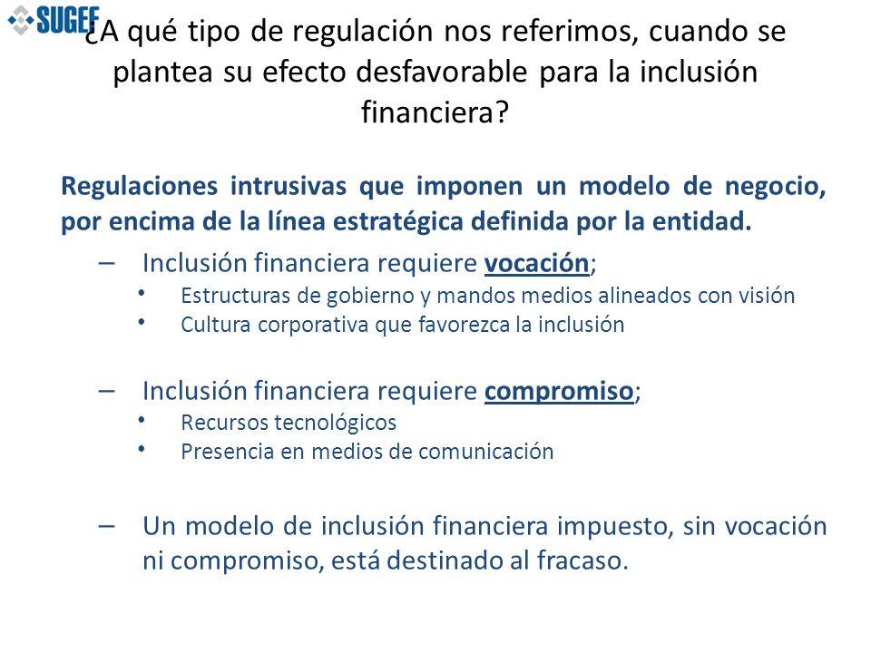 Regulaciones intrusivas que imponen techos a tasas de créditos y precios subsidiados.