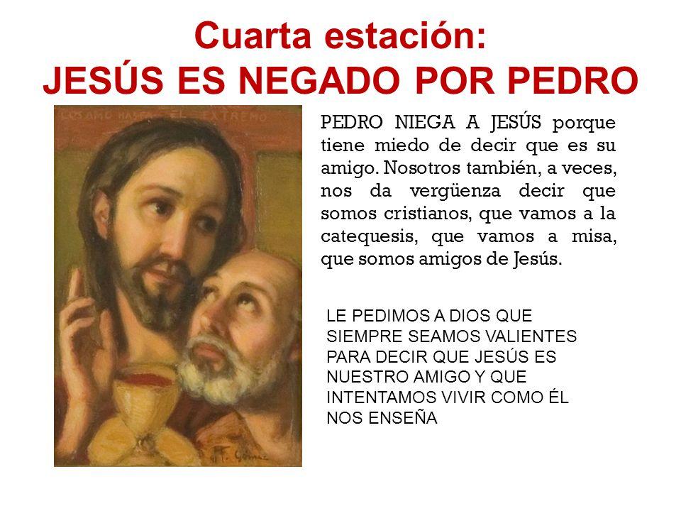 Tercera estación: JESÚS ES CONDENADO POR EL SANEDRÍN El SANEDRÍN era el tribunal de justicia de los judíos. Este tribunal condena a Jesús a base de me