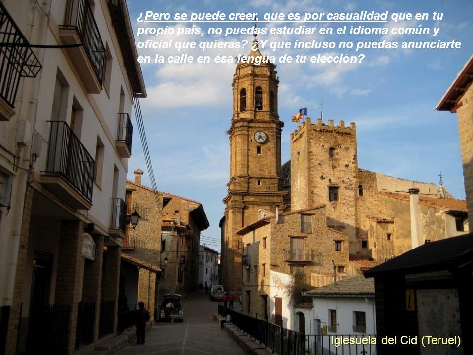 Frías (Burgos) ¿Pero se puede creer, que es por casualidad que España sea el único país del mundo donde la bandera se esconde y al himno se grita y se
