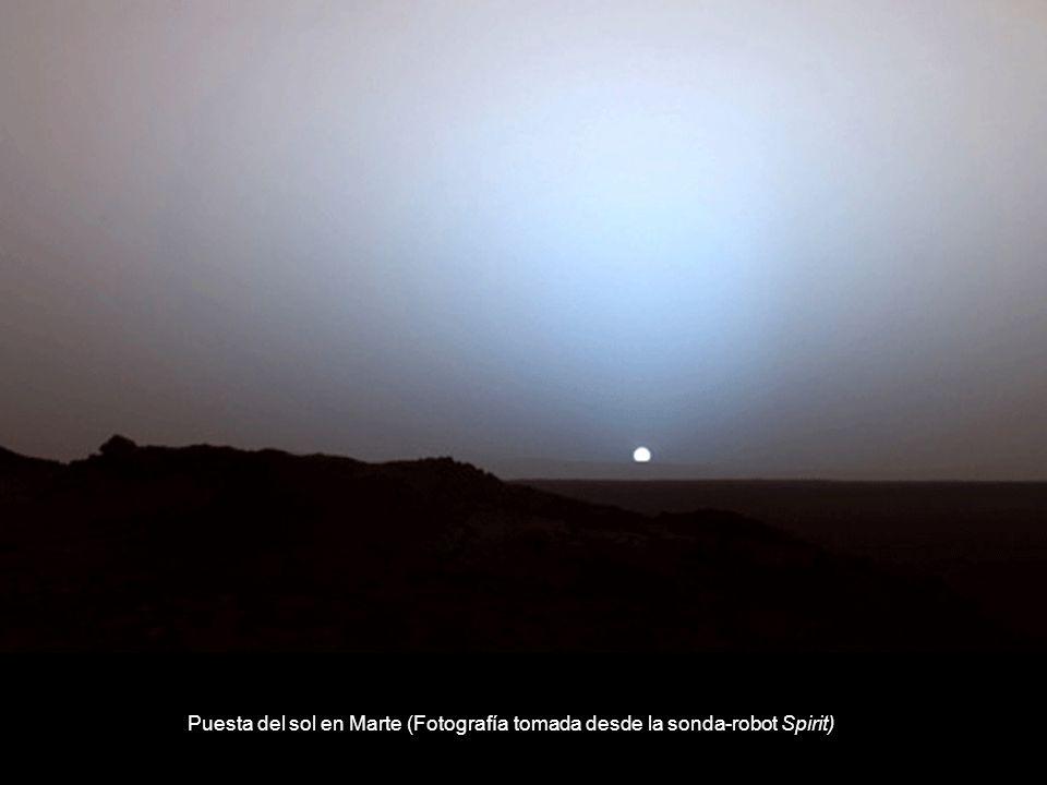 Puesta del sol en Marte (Fotografía tomada desde la sonda-robot Spirit)