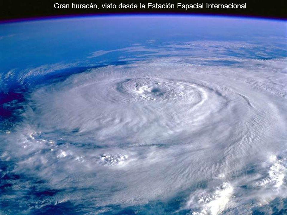 Gran huracán, visto desde la Estación Espacial Internacional