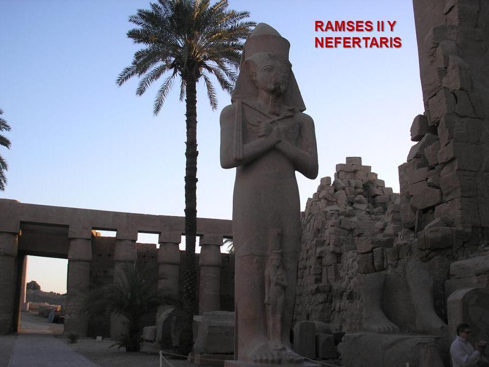 RAMSES II Y NEFERTARIS