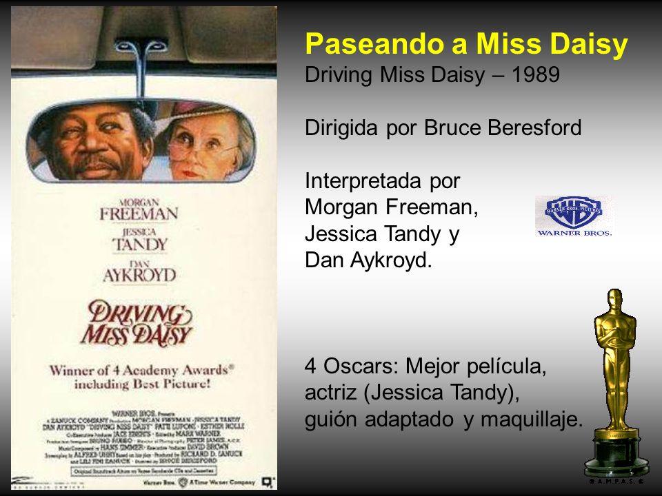Annie Hall – 1977 Dirigida por Woody Allen. Interpretada por Woody Allen, Diane Keaton, Tony Roberts. 4 Oscars: Película, director, guión original, ac