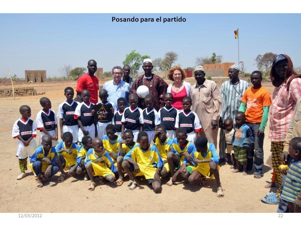 12/03/201221 Autoridades con Menchu y Jordi de Casa de Mali