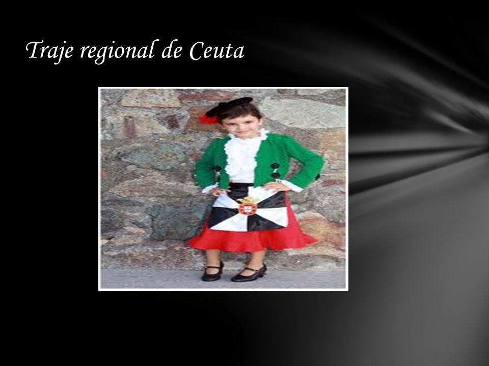 La indumentaria típica caballa fue establecida el 4 de Marzo de 1.972. En el atuendo que la conforma, figuran los colores verde y rojo, portugueses, y