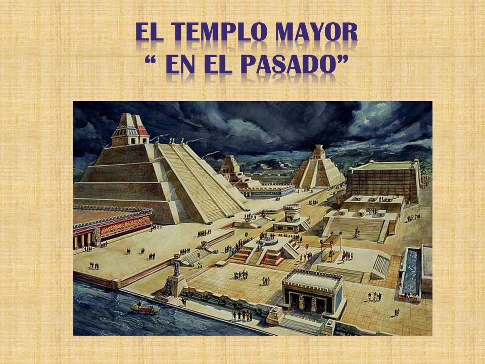 Está en el Zócalo, donde estaba el Templo Mayor.Es la catedral más grande y vieja de las Américas.