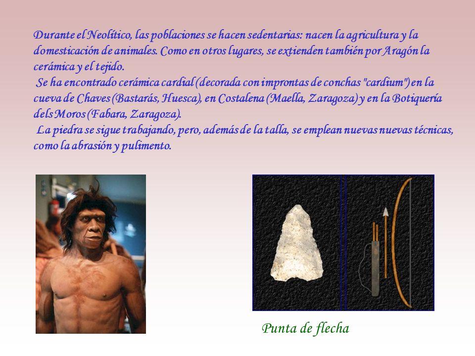 El Paleolítico Superior se extiende un nuevo tipo homínido, los cromañón. Estos hombres, prácticamente iguales al ser humano actual, habitan en cuevas