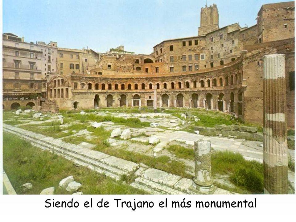 Augusto (42 a.C.-2 d.C.) inauguraba la brillante serie de foros imperiales, presidido por el templo de Marte vengador, y con dos exedras (semicirculos