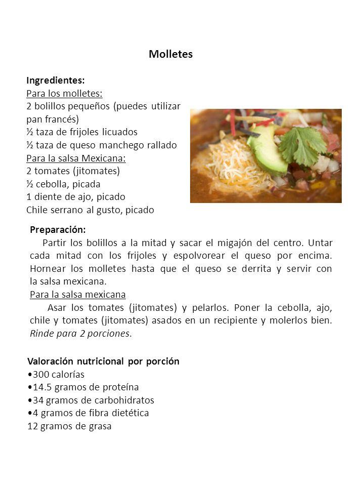 Molletes Ingredientes: Para los molletes: 2 bolillos pequeños (puedes utilizar pan francés) ½ taza de frijoles licuados ½ taza de queso manchego ralla