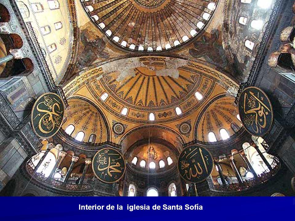 Interior de la iglesia de Santa Sofía