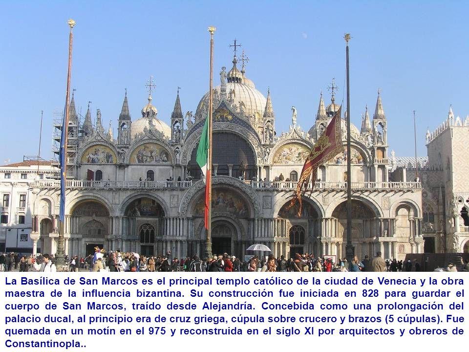 La Basílica de San Marcos es el principal templo católico de la ciudad de Venecia y la obra maestra de la influencia bizantina. Su construcción fue in