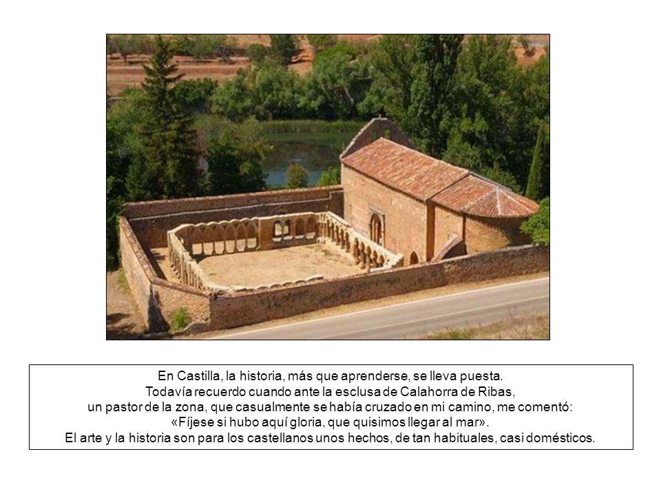 La dársena principal se ubica precisamente en Medina de Rioseco, donde todavía puede visitarse la antigua fábrica de harina y de donde sale el barco A
